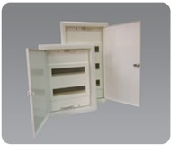 Low-voltage enclosures with metal door type RPT